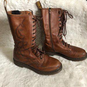 Dr Martens 12086 14 eyelets combat boots snake design US size 8.5 UK 6.5 EU 40